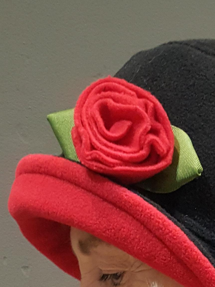 NO FLOWER Crushable Little Flip Rain hat
